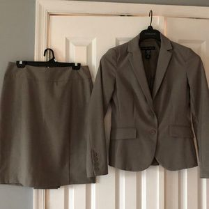 New York and Company Women's Suit